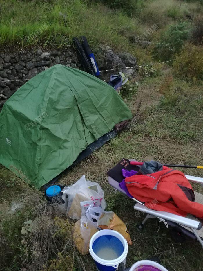 家伙搞好,先把帐篷支。