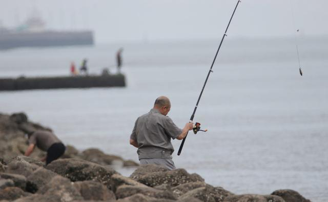 夏季天熱路亞鱖魚的4個技巧