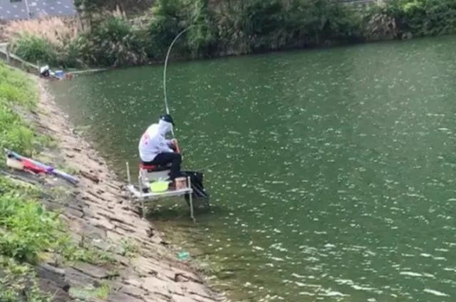 天氣熱,對付大鯽魚用這幾招挺不錯