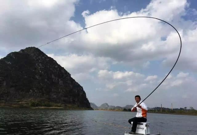 鱼竿到底该如何选择,是不是越贵越好?