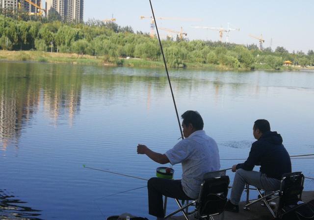 秋末冬初季节交替,鱼儿不吃钩的5大特征插图(1)