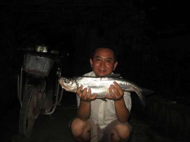 介绍一种万峰湖当地人钓翘嘴鱼的独特方法