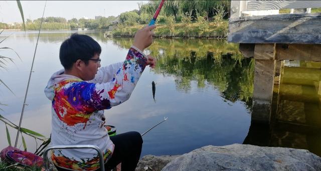 钓鱼先别急着打窝,学会这样钓可能更容易渔获多多