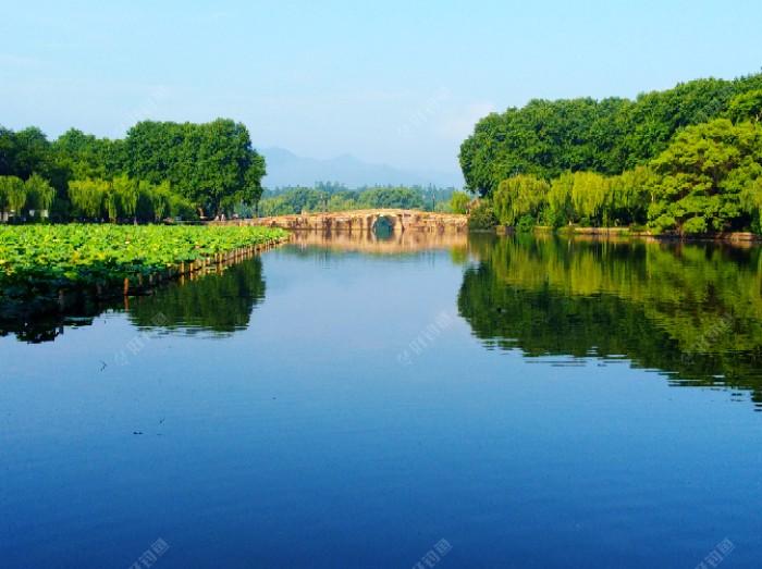 西湖西泠桥
