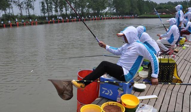 浮漂到底之后还会慢慢下降,导致我们钓不到鱼