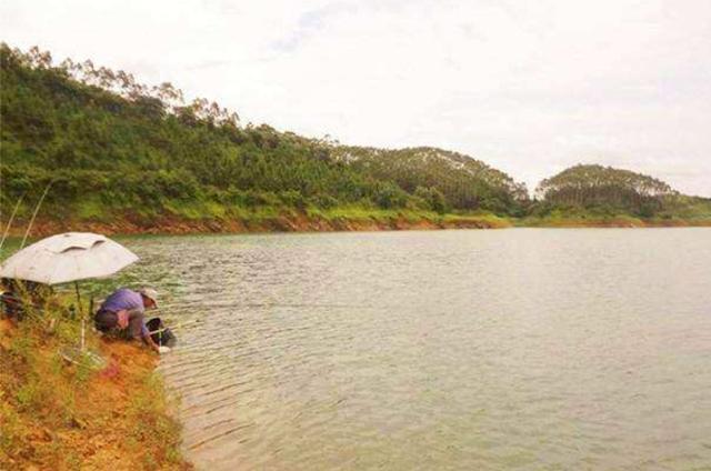 深秋时期,不好钓鱼的3种天气以及不建议出钓的原因